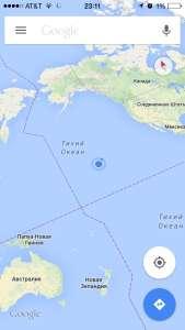 Маленькая точка среди океана - это Гавайи.