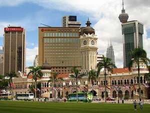Площадь независимости в Куала-Лумпуре.